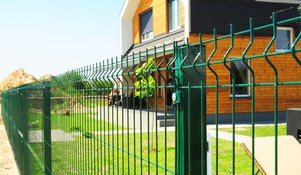 2D fences